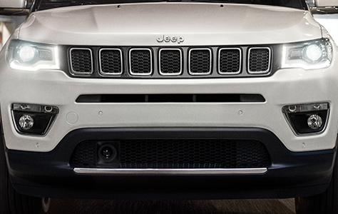 jeep-compass-opening-edition-front-grille
