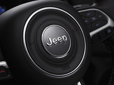 jeep-compass-opening-edition-leather-steering-wheel